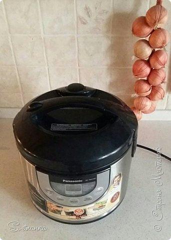 Выкинуть прокисшее варенье – ни в коем случае! Друзья, решила поделиться с вами рецептом вкусного, очень простого в приготовление кекса. К тому же, он позволяет использовать прокисшее или просто старое варенье. Можно и свежее варенье, но, обычно, оно и так съедается. фото 7